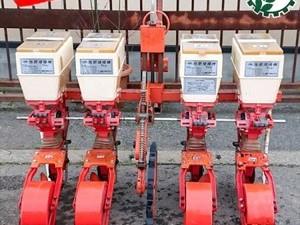Dg20058 サン機工 SO-400 さばける号 施肥播種機 4条 ■1枚ディスクタイプ■ 肥料散布機 トラクター用アタッチメント 4連*
