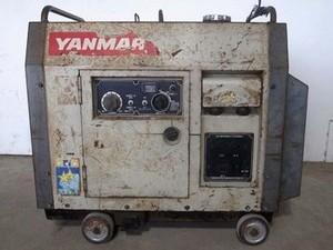 B6e3502 YANMAR ヤンマー YDW160SS ディーゼルウエルダ 溶接機 発電機 ヤンマーL90ADEWSS 定格9.0馬力 動画有 整備
