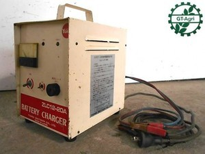 A21h3815 YUASA ユアサ ZLC12-20A バッテリーチャージャー 充電器 動作確認済み!