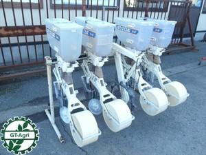 a3048 ISEKI イセキ ロボシーダー 4連 施肥播種機 4条 肥料散布/種まき トラクター用アタッチメント