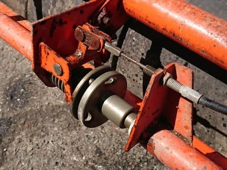 Dg19409 麦踏みローラー ■耕耘機/テーラー用■ゴムタイヤ7連■タイヤ幅:1250mm■メーカー・型式不明 鎮圧ローラー 麦ふみ 牽引