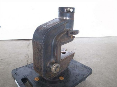 e3253 油圧クラッシャー メーカー・形式不明 動作未確認