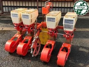 Ah5354 サン機工 さばける SO-400 4連 農機具部品 肥料散布機 施肥播種機パーツ トラクターアタッチメント
