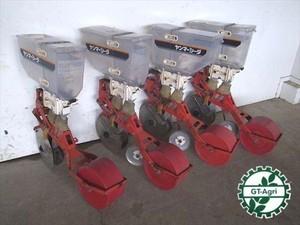 B5e3325 YANMAR ヤンマー シーダ 施肥播種機 4個セット 種まき機 施肥機