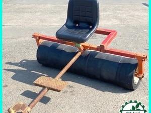 【販売済み】Dg202299 乗用 麦踏みローラー 7連 ゴムタイヤ テーラー用 鎮圧ローラー 麦ふみ 牽引 メーカー・型式不明