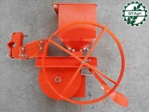 A2h3131【未使用】農機具部品 肥料散布機 施肥播種機パーツ KUBOTA クボタ パーツ